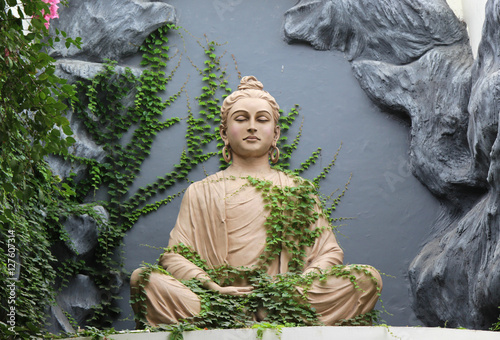 Plakát, Obraz Buddha statue in Rishikesh, India