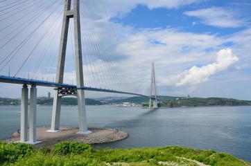 Fototapeta most wiszący nad rzeką