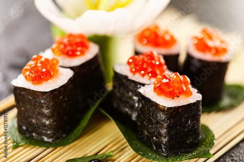 Ikura Sushi Roll