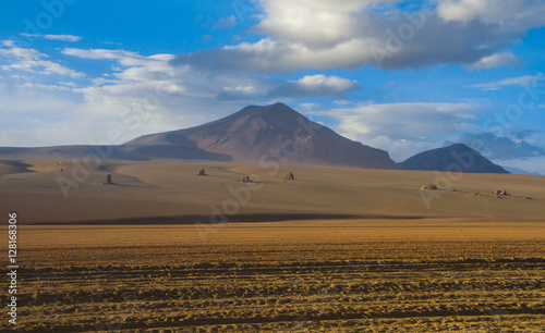 Deurstickers Canarische Eilanden Desert and mountain over blue sky and white clouds on Altiplano,Bolivia Chile