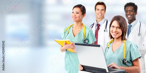 Poszter Doctors group.