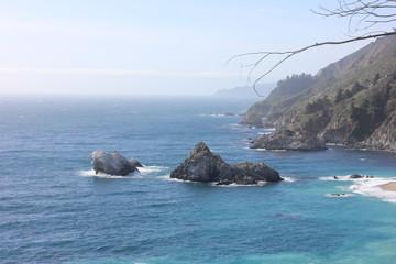 Fototapeta kamienne wyspy na morzu