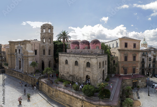 Spoed canvasdoek 2cm dik Palermo wide aereal view of historical buildings