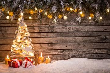 Świąteczne dekoracje na podłoże drewniane