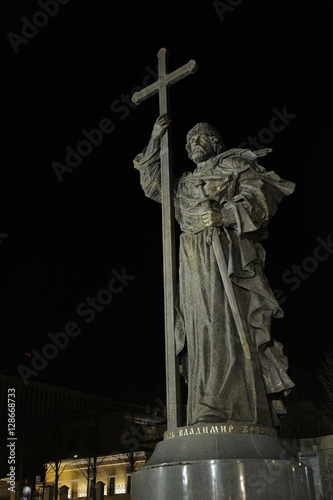 Poster monument of Vladimir at night