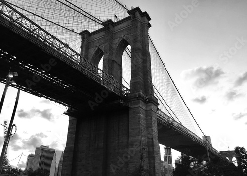 Aluminium Brooklyn Bridge Brooklyn bridge in black and white style
