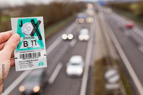 Poster Autobahnvignette / Autobahn Maut Österreich: Jahres-Vignette 2017