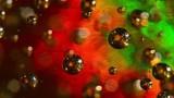 Bolle in movimento, gioco di luci e colori. Atmosfera magica.