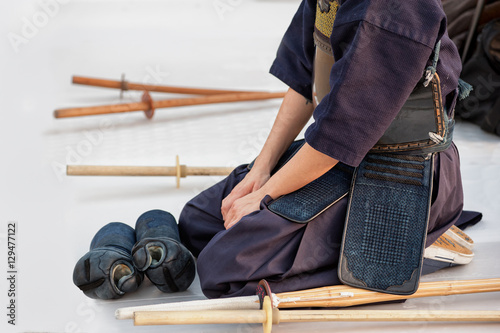 Poster kendo fighter sitting in meditation