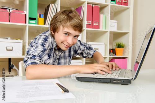 Poster gaming boy