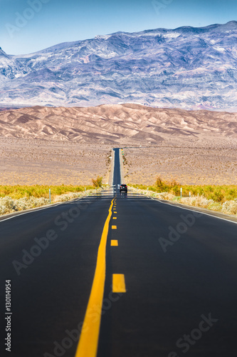 Poster Endless straight road in Death Valley National Park, California, USA