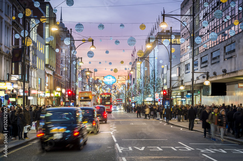 Foto op Canvas Londen London Oxford Street, Christmas Day