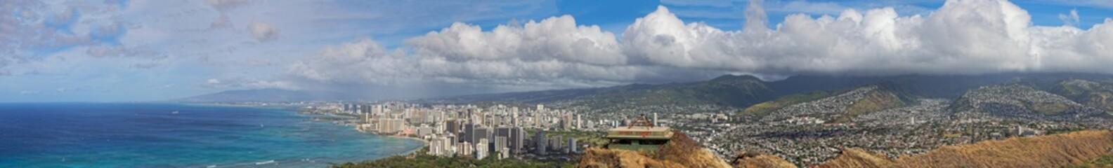Panoramamic view of downtown Honolulu and Waikiki, Oahu, Hawaii