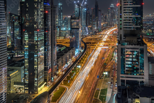 Poster Looking down Sheik Zayed Road in Dubai