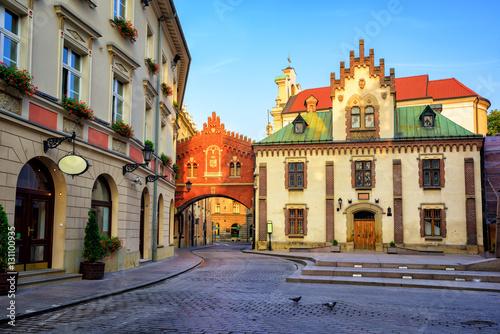 Zdjęcia na płótnie, fototapety na wymiar, obrazy na ścianę : Little street in the old town of Krakow, Poland