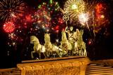 Feuerwerk über der Quadriga, Brandenburger Tor,Berlin