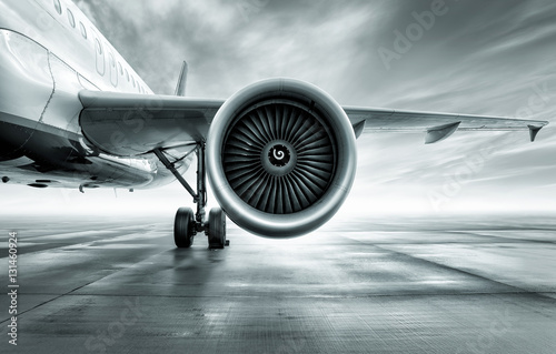 Plakat turbine of an airliner