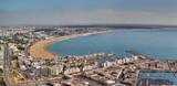 Vue panoramique sur la Marina et la plage d'Agadir depuis la Kasbah