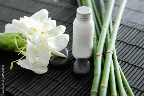 Poster Spa Tropical spa on bamboo mat