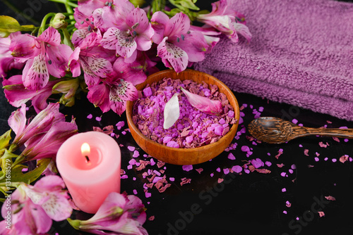 Poster Spa Spa and wellness setting with salt, candles and towel, petals