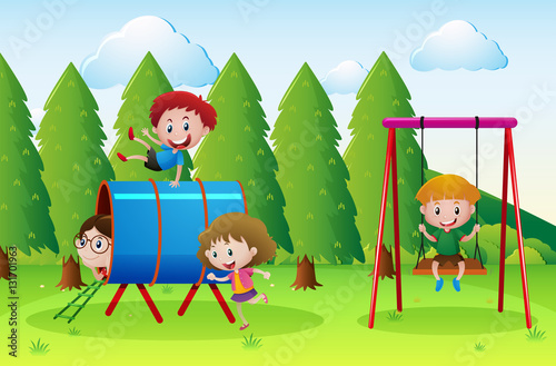 Papiers peints Vert chaux Playground scene with lots of kids