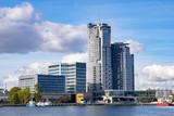 Gdynia, Polska - wrzesień 2016, wieżowiec w porcie w Gdyni