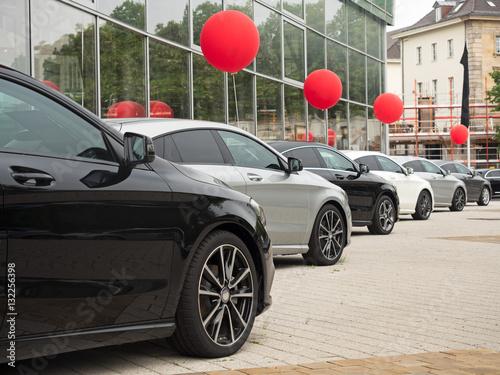 Samochody są na sprzedaż