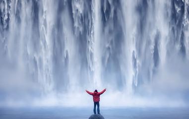 Mand and Nature II - ICELAND © JesusmGarcia