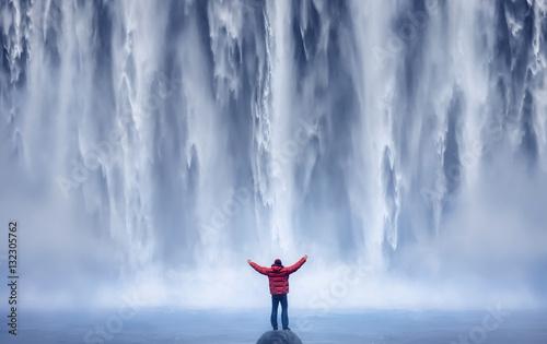 Mand and Nature II - ICELAND