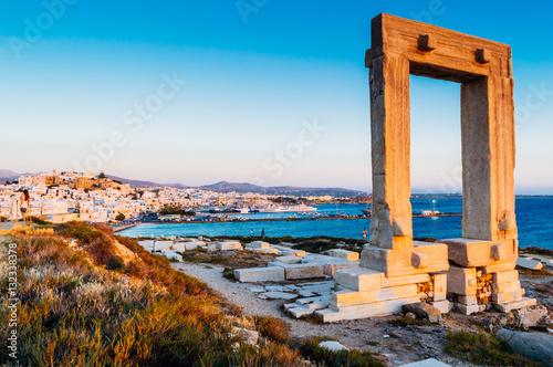 Foto op Plexiglas Japan Portara, ruins of temple of Apollo on Naxos island, Cyclades archipelago, Greece