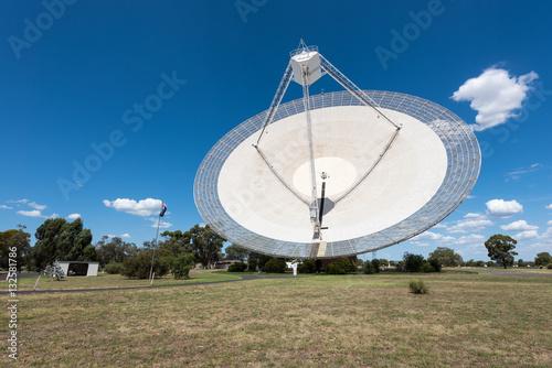 Plexiglas Parkes, New South Wales - December 28, 2016: CSIRO Parkes Radio Telescope, located in central west NSW, one of the telescopes comprising CSIRO's Australia Telescope National Facility.