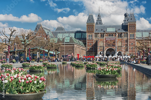 Poster Planters filled with tulips  in the pond during the Tulip Festival Amsterdam