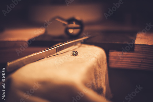 Desktop for craft jewellery making with professional tools © Nejron Photo