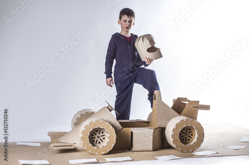 Fotobehang F1 Cardboard racing car