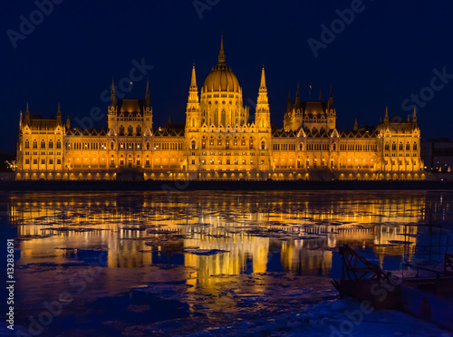 Poster Budapest parliament