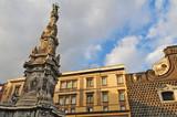 Napoli, la colonna di piazza del Gesù Nuovo