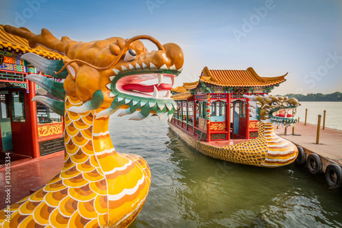 Fototapeta Dragon boat on the Kunming Lake, Beijing, China