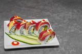 rolka sushi (uramaki)
