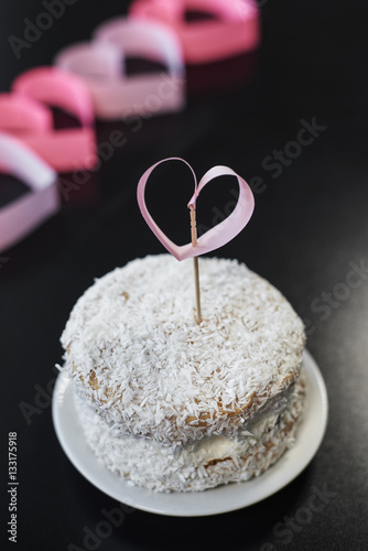 Poster Cupcake and heart on the toothpick