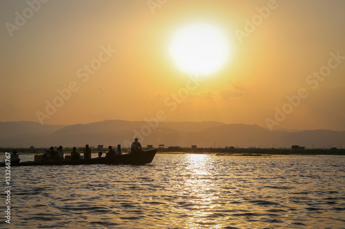 Poster Sunset on inle lake, Burma