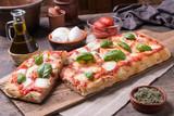 Prostokątna pizza romana