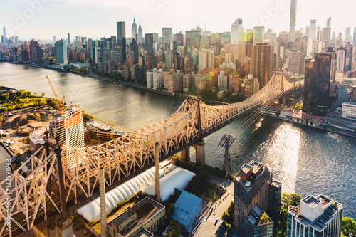 Fototapeta Queensboro Bridge nad East River w Nowym Jorku