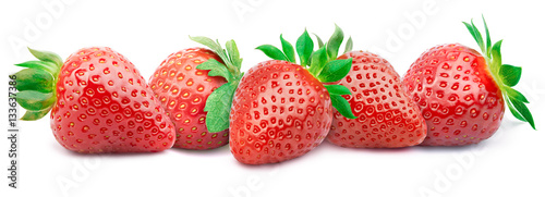 Five ripe strawberries in a line with green leaves isolated on white background with clipping path - 133637386