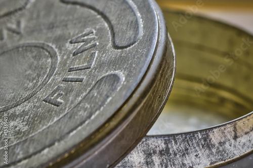 Zdjęcia Close up photograph of open vintage film tin