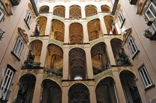 Fotobehang Napels Napoli, Rione Sanità - Palazzo dello Spagnuolo