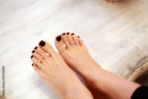Foto op Canvas Pedicure black pedicure