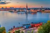 Sztokholm. Pejzaż wizerunek Sztokholmu, Szwecja podczas zmierzchu niebieska godzina.