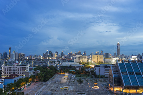 Poster Aerial view of Bangkok skyline cityscape at twilight