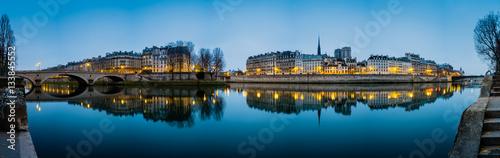 Fotobehang Parijs Seine River in Paris France at Sunrise