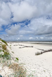 Verlassener Strand - Heftiger Wind an der Nordsee
